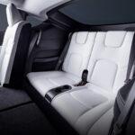 Tesla Model Y、3列目シートの画像を公開!注文も再開へ